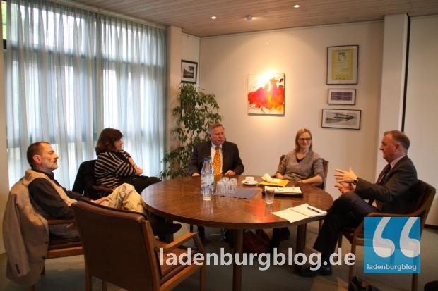 Die Gemeinderäte Georg Martin Schmollinger, Ingrid Dreier und Alexander Spangenberg kamen ebenfalls zum Gespräch mit der Bundestagskandidatin Franziska Brantner.