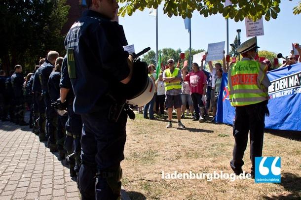 Das geplante Deeskalationskonzept geht nicht auf. Die Bereitschaftspolizei muss antreten.