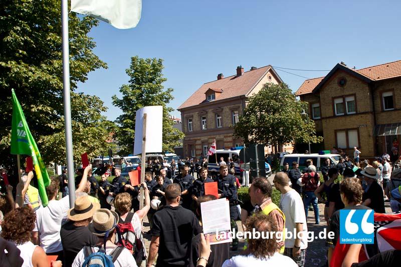 Demonstranten halten sich nicht an Auflagen.