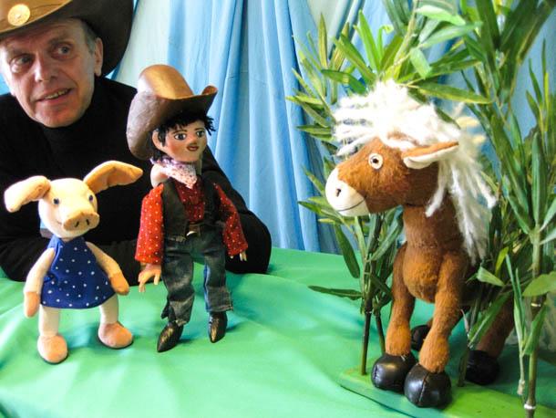 Cowboy Klaus und sein pupsendes Pony für Kinder ab vier Jahren. Foto: Stadtbibliothek Ladenburg